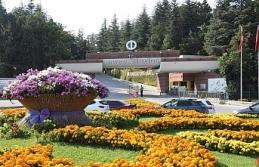 Anadolu Üniversitesi'nde Akademik Başarı Ödülleri...