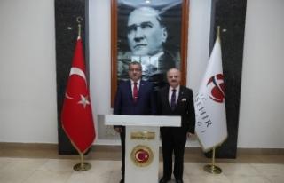 Emniyet Genel Müdürü Uzunkaya, Vali Çakacak'ı...
