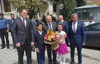 Eskişehir Valisi Özdemir Çakacak Günyüzü'nü...