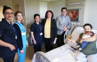 ESOGÜ Hastanesi'nde Anneler Günü ve Hemşireler...