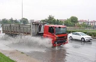 Eskişehir yağış altında