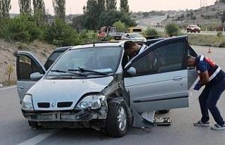 Torununun düğününe giderken kazada hayatını...