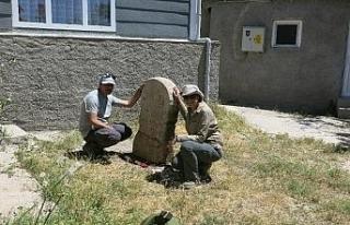 Eskişehir'de üzerinde dört satır Paleo-Frigçe...