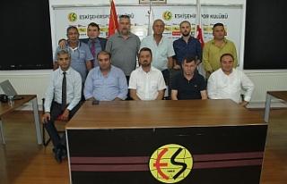Eskişehirspor Yönetim Kurulu 'Devam' dedi