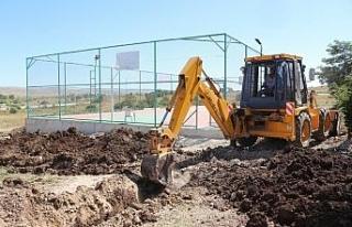 İnönü Belediyesi'nden spor tesislerinde altyapı...