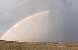 Sivrihisar'da yağmur sonrası oluşan gökkuşağı...
