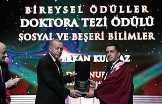 Anadolu Üniversiteli Akademisyenlere YÖK'ten üstün...