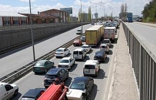 Eskişehir'de araç sayısı artmaya devam ediyor