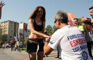 Ford Otosan Eskişehir Yarı Maratonu'nda renkli...
