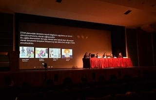 Anadolu Üniversitesi'nde 'Sanat Eğitiminde Yeni...