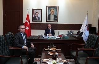 Vali Çakacak, Meteoroloji 3. Bölge Müdürü Tepe'yi...