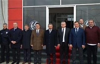 Emniyet Müdürü Dinç, Eskişehirspor Kulübü'nü...