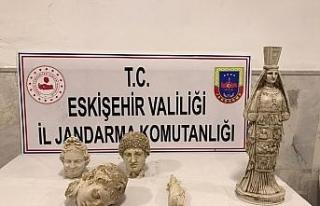 Jandarma tarihi eser kaçaklığına göz açtırmadı