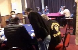 Eskişehir'de Şehrin göbeğinde kumar oynarken...