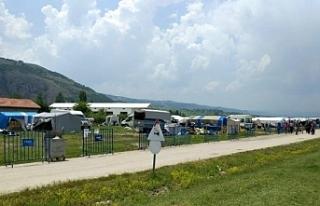 Eskişehir' de 200 nüfuslu çadır kent karantinaya...