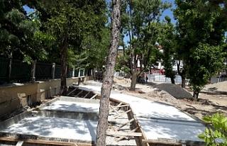 Hicri Sezen Parkı betonlaşıyor