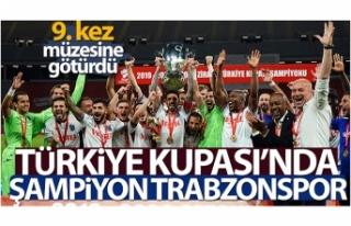Bordo-mavililer, Türkiye Kupası'nı 9. kez müzesine...