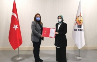 AK Parti Eskişehir İl Kadın Kolları başkanı...