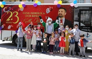Sivrihisar Belediyesi 23 Nisan 'bayram otobüsü'...