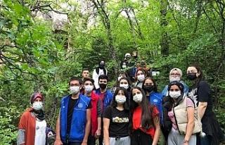 Gençlik Haftası etkinlikleri doğa yürüyüşü...