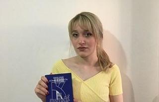 Telefon hayali kurarken elinde Türkçe sözlük buldu!