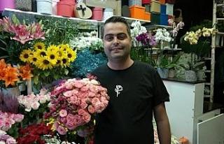 Düğün yasaklarının kalkması ile çiçekçilerde...