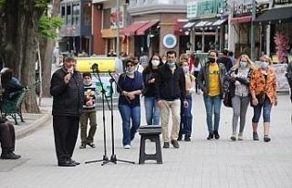 Eskişehir'in meşhur sokak müzisyenleri yerlerini...