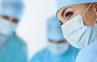 Sağlık çalışanlarına uygulanan istifa yasağı...