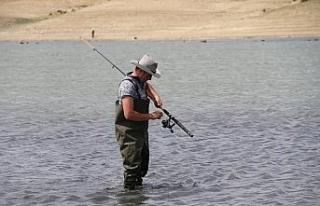 Balık tutkunlarının hafta sonu durağı Keskin...