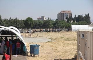 Suriyeliler bayram için akın akın ülkelerine gidiyor