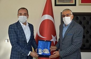 Aslanapa Kaymakamı Pelvan'dan Başkan Bozkurt'a...