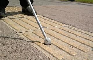 Eskişehir'de sarı çizgi sorunu görme engellileri...