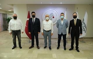 ESKİŞEHİRSPOR'UN YENİ YÖNETİMİ ETO'YU ZİYARET...