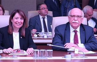 Nabi Avcı ve Emine Nur Günay açıkladı Eskişehir'e...