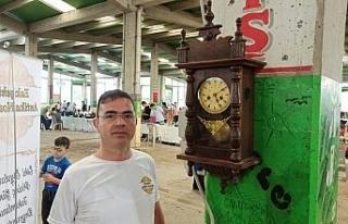 Osmanlıdan kalma 140 yıllık saat tıkır tıkır...