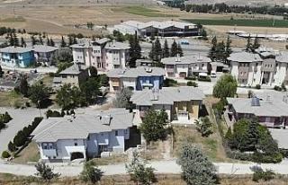 Çimento tozu ve kötü koku, mahallelileri isyan...