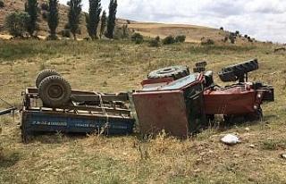Şarampole yuvarlanan traktörde 1 kişi öldü, 3...