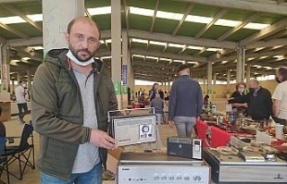 Antika pazarının gözdeleri radyolar oldu