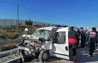 Aşırı hız can aldı: 2 ölü, 2 yaralı
