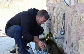 Meşhur Gecek suyu yarım asırdan fazladır tüm...