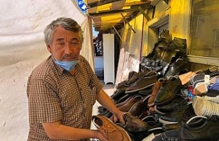 İkinci el ayakkabı satışı ile süren örnek hayat...