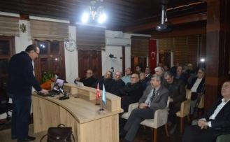 Eskişehir Türk Ocağı'nda 'Akciğer kanseri nasıl önlenebilir ve nasıl tedavi oluruz?' konferansı
