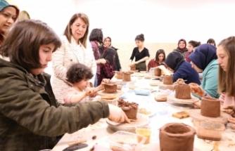 Günay'dan Sevgi Evlerindeki Çocuklara Müjde