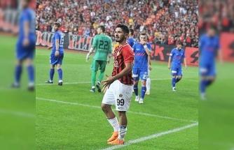Trabzonspor ile anlaşan Fıratcan Üzüm, Eskişehirspor ile vedalaştı