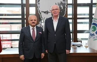 Vali Çakacak'tan Odunpazarı Belediye Başkanı Kazım Kurt'a ziyaret