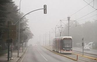Eskişehir'de sis etkili oldu
