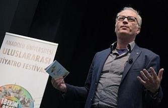 """Uluslararası Tiyatro Festivali'nde """"Sanat ve Zanaat İlişkisi"""" konuşuldu"""