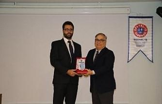 Anadolu Üniversitesi akademisyeninden gururlandıran başarı