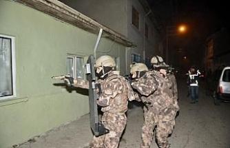 Eskişehir'de sokak satıcılarına şok baskın