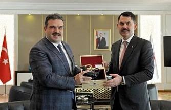 Rektör Çomaklı'dan Çevre ve Şehircilik Bakanı Murat Kurum'a ziyaret